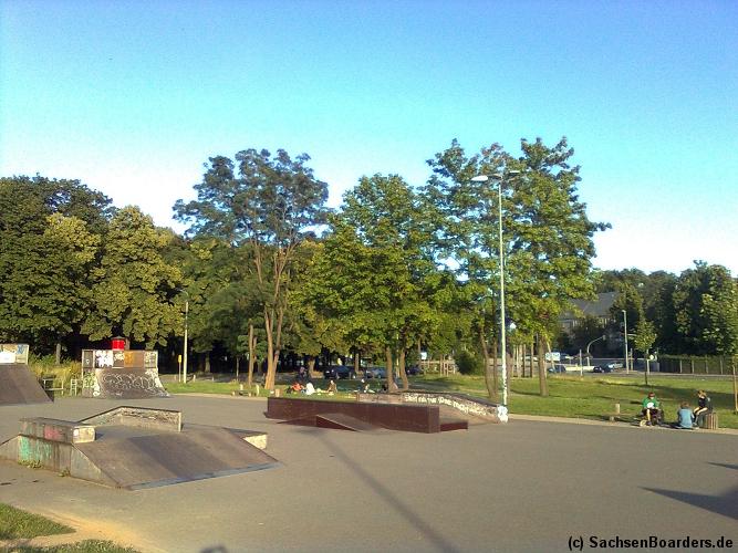 neue rampe im konkordia skatepark chemnitz neues obstacle in dresden. Black Bedroom Furniture Sets. Home Design Ideas